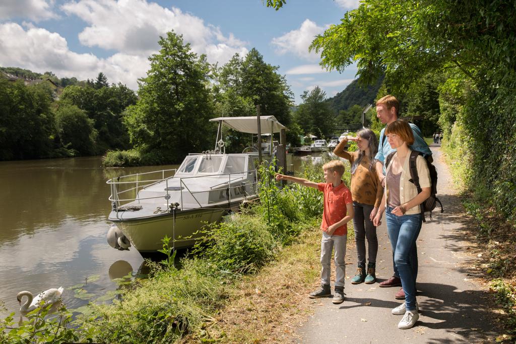 Boot-Fluss-Naturfotograf